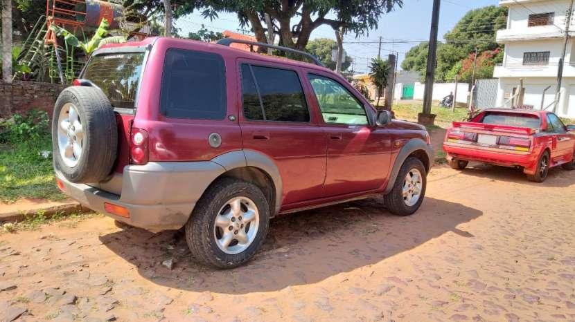 Land Rover 2000 - 1