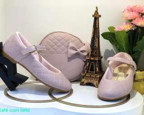Zapato para niña con cartera
