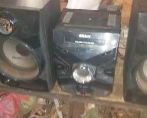 Equipo de sonido Sony de 11.000 watts