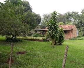 Casa en Areguá 2.160m2