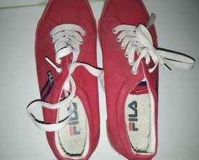 Calzado Fila rojo calce 38