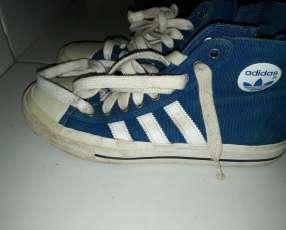 Champion caño alto Adidas (calce 38)