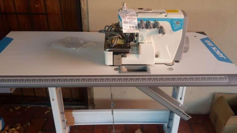 Máquinas de costura familiares e industriales - 2