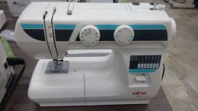 Máquinas de costura familiares e industriales