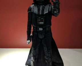 Muñeco de Darth Vader de 20 cm con extremidades movibles