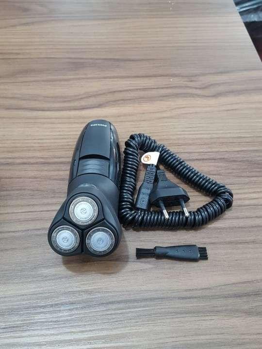 Afeitadora rotativa Philips HQ6944/16 - 0