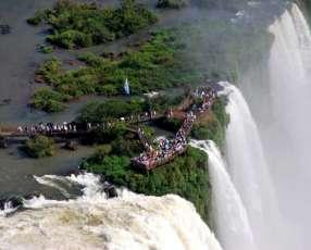 Foz de Iguazú Cataratas Itaipu Itaipulandia en Semana Santa