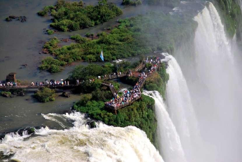 Foz de Iguazú Cataratas Itaipu Itaipulandia en Semana Santa - 0