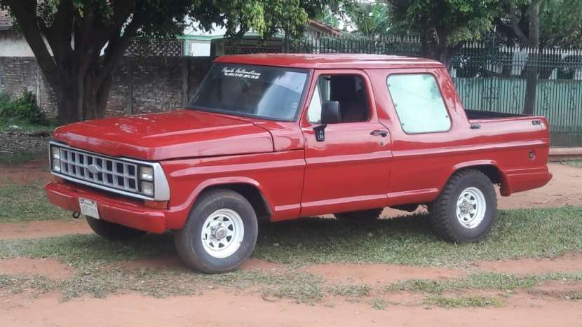 Ford F1000 - 2
