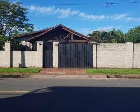 Casa en Luque Villa Adela