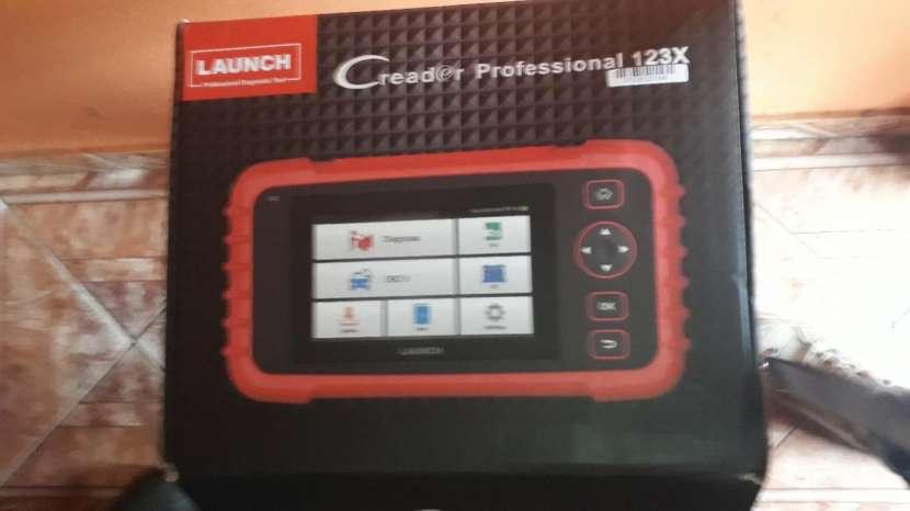 Escáner Launch Creader Profesional 123X - 0