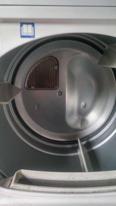 Secarropa industrial para lavanderia Speed Queen - 1