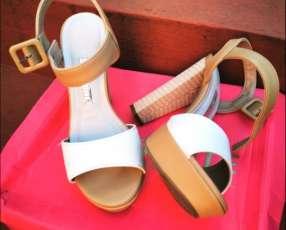 Zapatos semi nuevos calce 37
