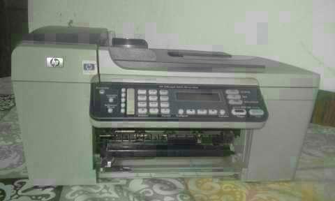 Impresora HP - 4