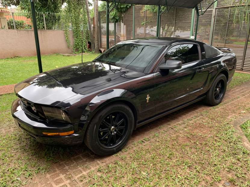 Ford Mustang 2006 - 0