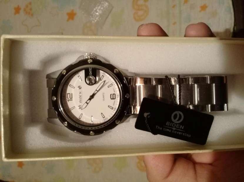 Reloj Biden - 1