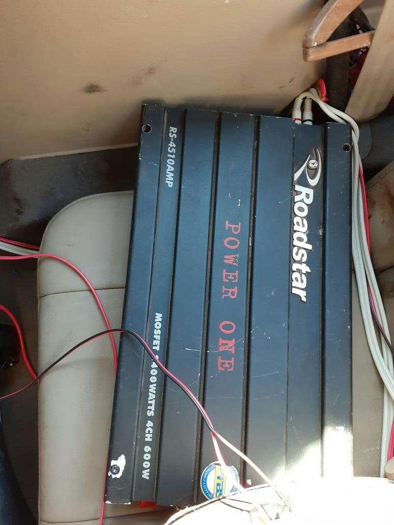 Caja con amplificador - 1