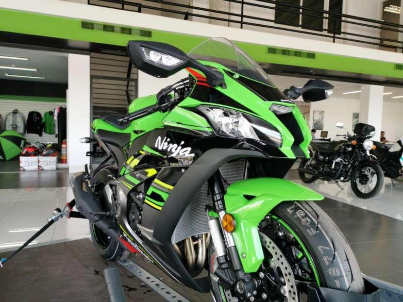 Moto Kawasaki zx10r 2019 - 2