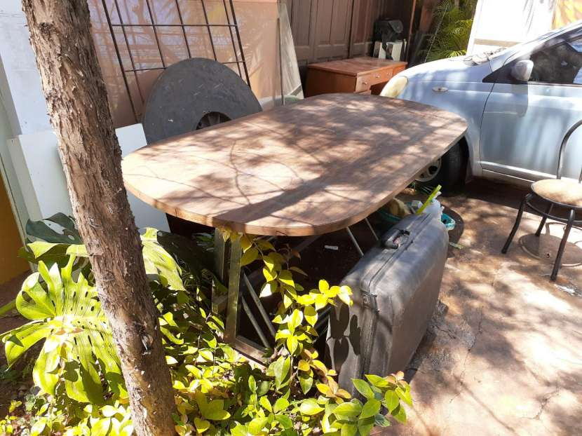 Mesa de madera - 2