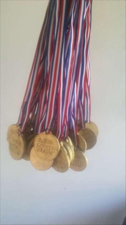 Medallas de Madera para actividades deportivas - 1