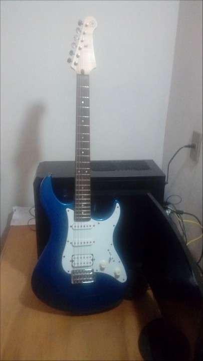 Guitarra Yamaha Pacíficica PAC 012 - 0