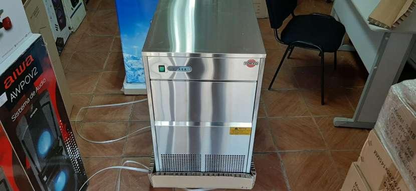 Fabricadora de hielo tokyo de 25 kilos - 0