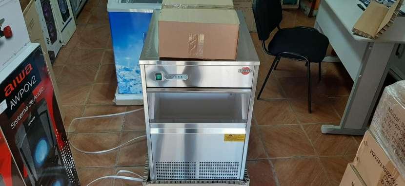 Fabricadora de hielo tokyo de 25 kilos - 1