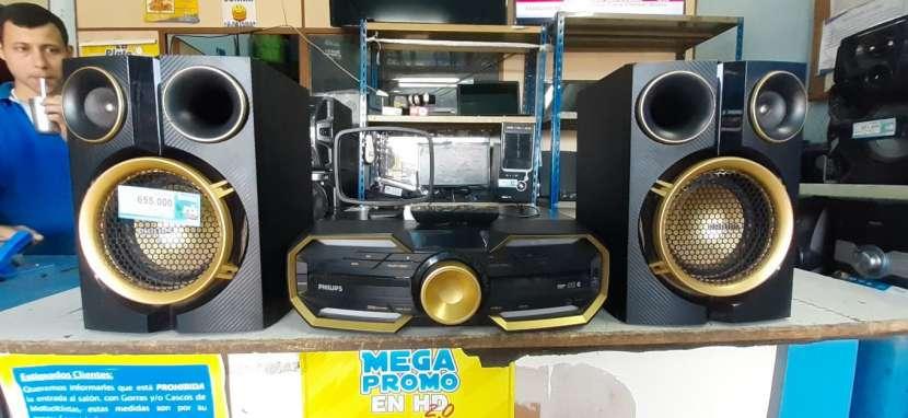 Equipo de sonido Philips de 7500 watts - 2