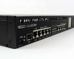 Router Mikrotik RB2011UAS-RM