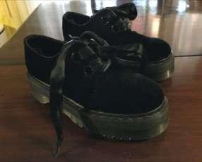 Zapato con plataforma Dr. Martens calce 37