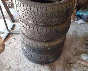Juego de Cubiertas Bridgestone medidas 265/65/R17