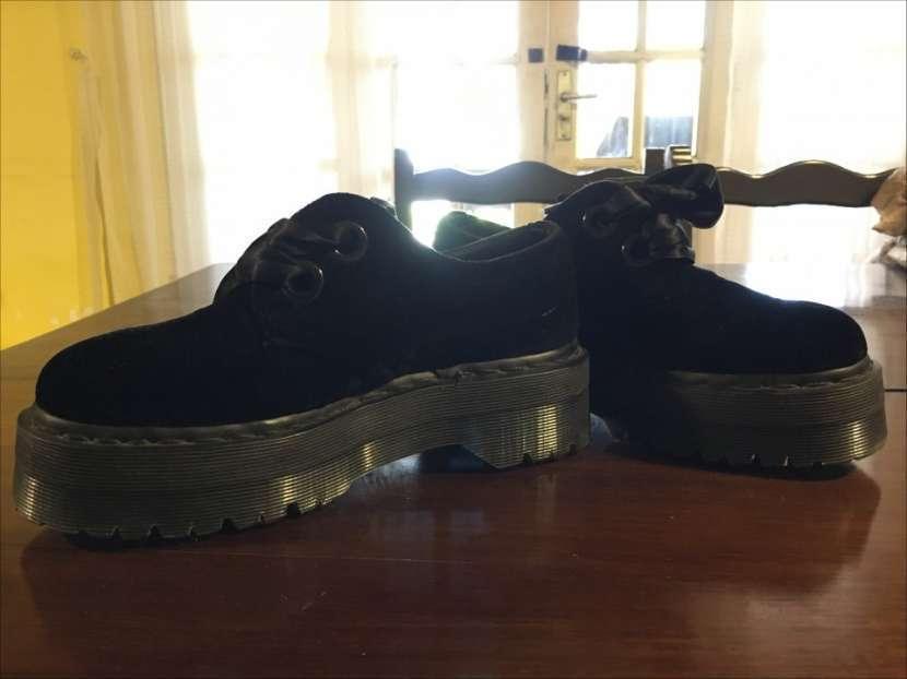 Zapato con plataforma Dr. Martens calce 37 - 1