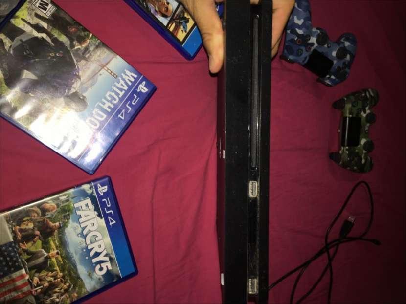 PlayStation 4 Slim de 500 gb - 1