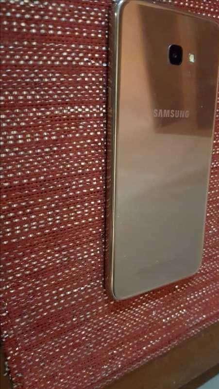 Samsung Galaxy J4 - 1