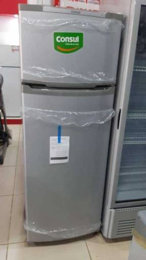 Heladera Consul de 370 litros frío húmedo color plata