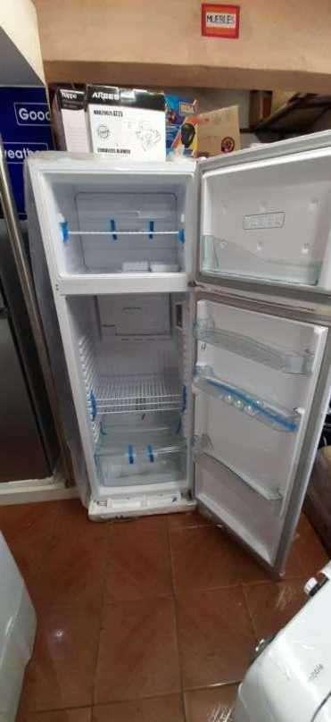 Heladera Consul de 370 litros frío húmedo - 1