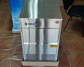 Fabricadora de hielo tokyo de 25 kilos