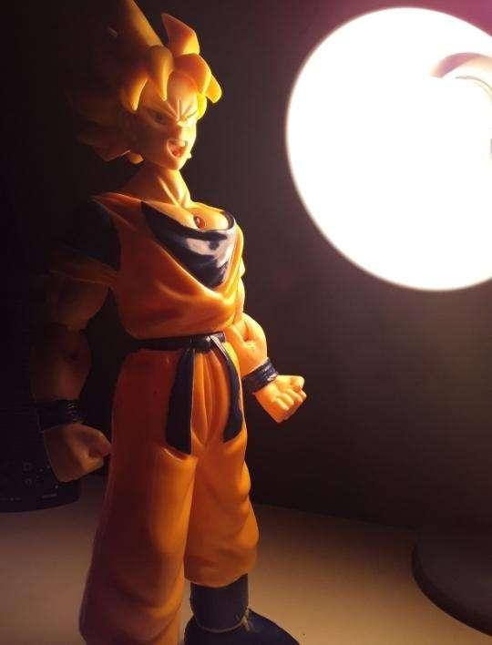 Figura Coleccionable Goku - 0