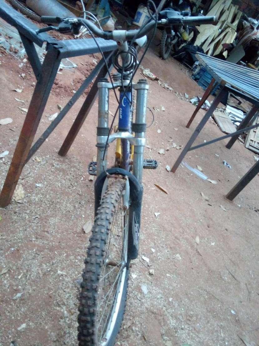 Bicicleta Caloi Pro-Fox - 1