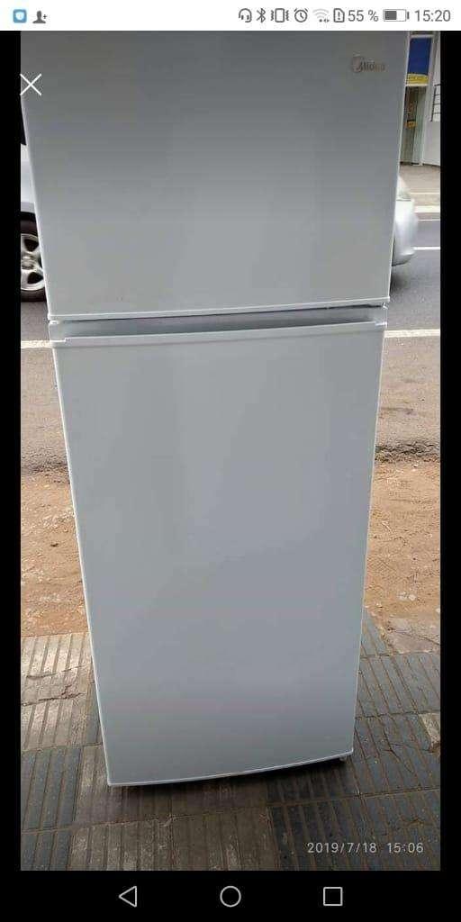 Heladera Midea de 300 litros - 2