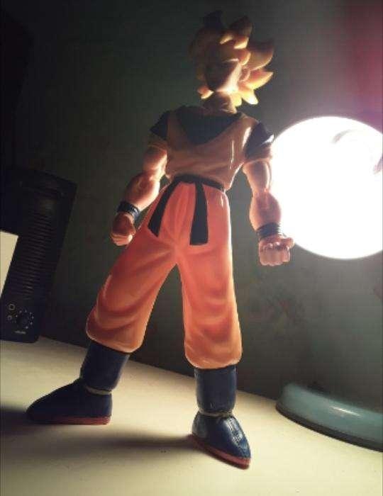 Figura Coleccionable Goku - 3