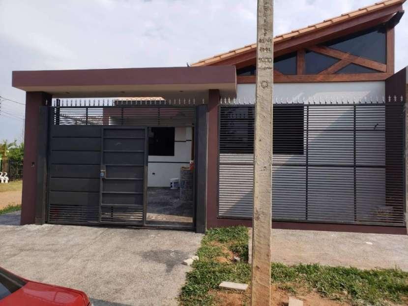 Duplex en Mariano Roque Alonso Y5315 - 0
