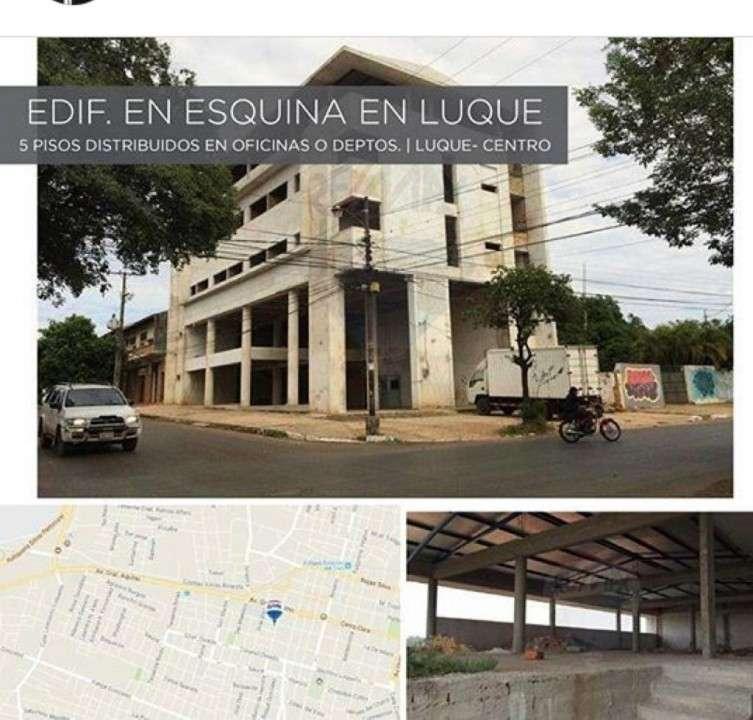 Edificio a Terminar Centro de Luque - 0