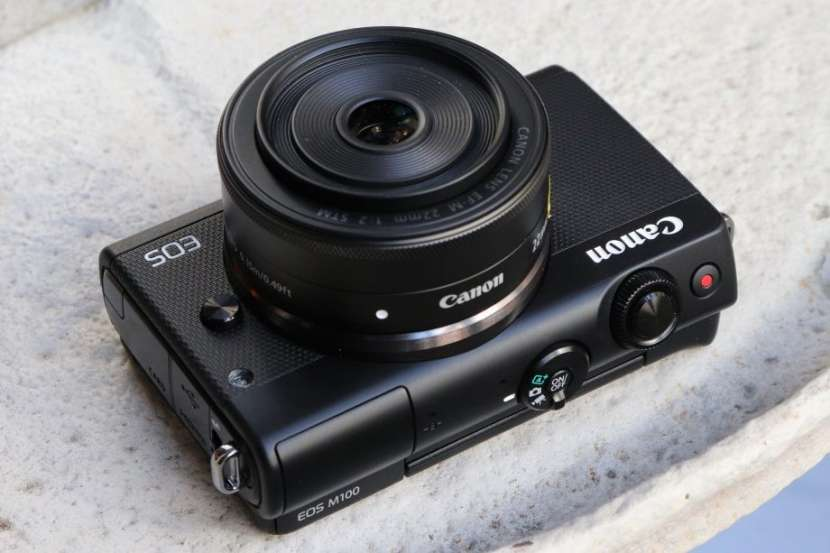 Canon EOS M100 15-45 Mm F/3.5-6.3 IS STM - 0