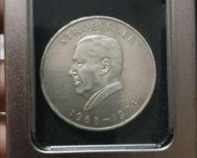Moneda de plata 300 guaranies Stroessner 1968-1973