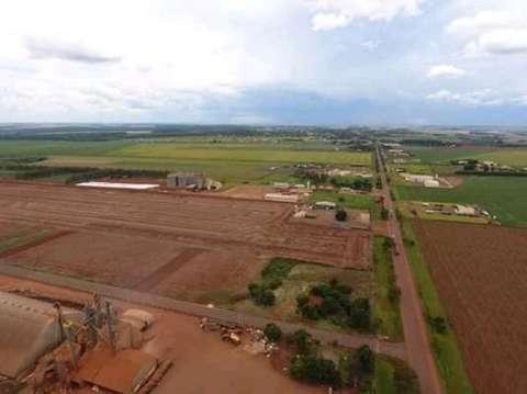 Terrenos industriales en Katuete 2000 m2 - 1