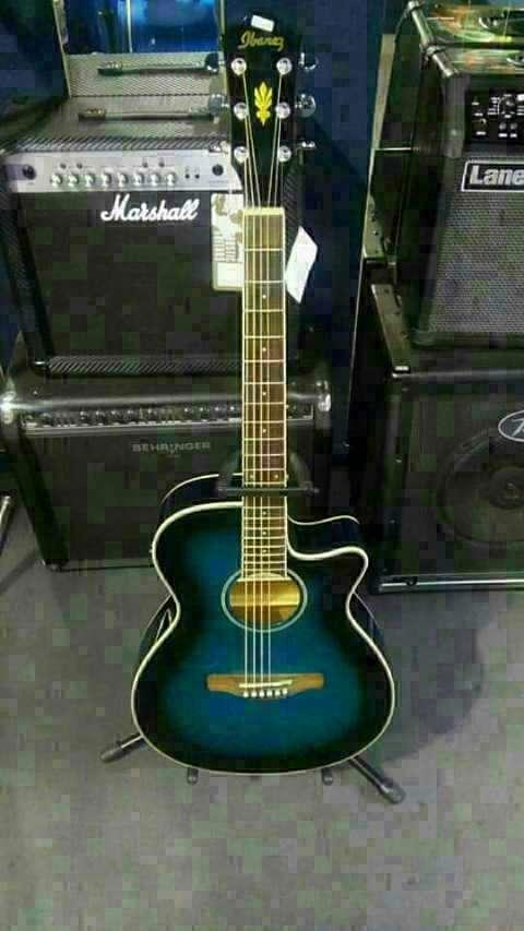 Guitarra Electroacústica Ibanez - 0