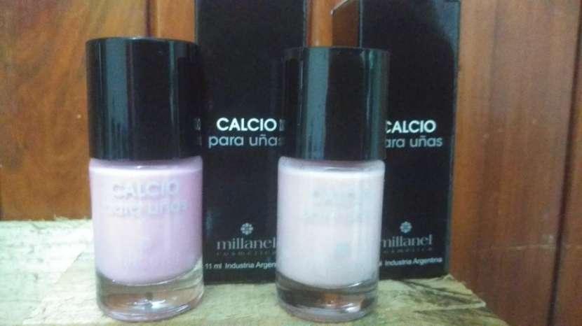 Esmaltado de uñas Millanel - 1