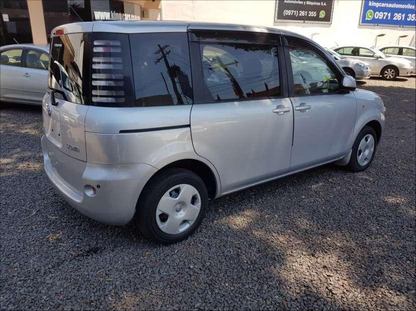 Toyota Sienta 2004 - 2