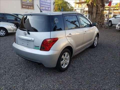 Toyota IST 2003 1.3 cc - 1